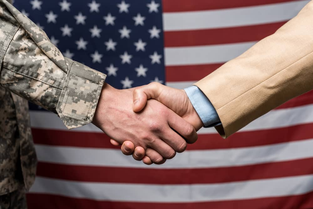shake hands in the American culture